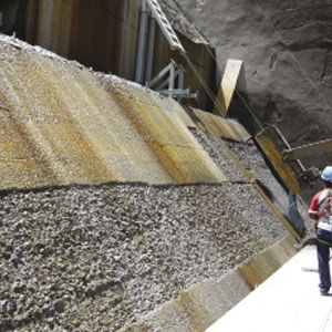 Conjet Robot assists with Guri Dam spillway repairs