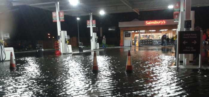 "Flooding closes a petrol station in south-east London on New Year€""¢s Day"