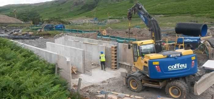 The project included installing a Coanda screen, fish pass wall and Crump Weir