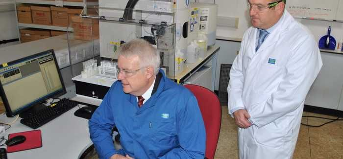 Carwyn Jones looks round the upgraded laboratory in Bridgend
