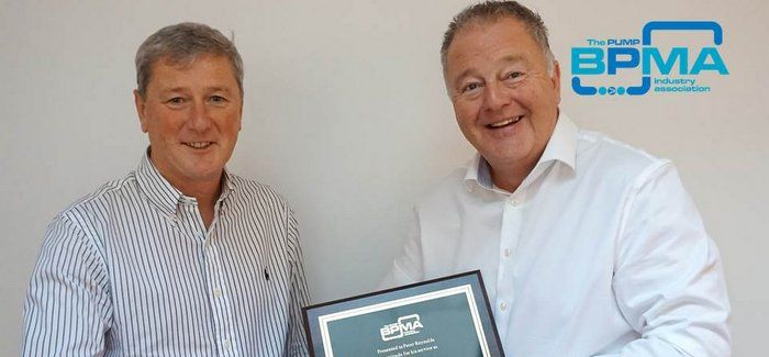 Duncan Lewis (left) takes over as BPMA president from Peter Reynolds (right)