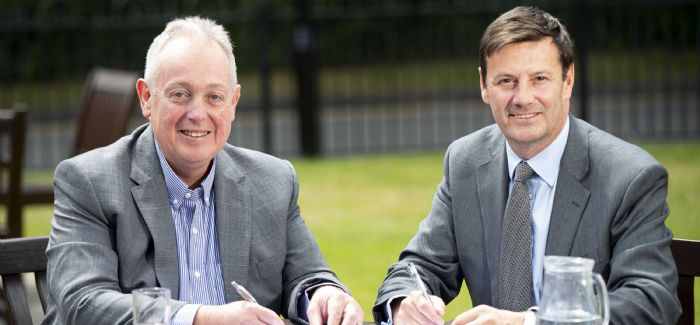 Portsmouth Water's Bob Taylor and Southern Water's Ian McAulay signed a long-term agreement