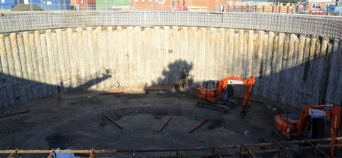 Secant piling on the 32m x 5m storm water storage tank at Basingstoke