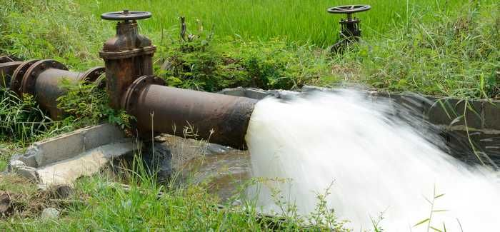 Farmers in water scarce developing countries irrigate with wastewater