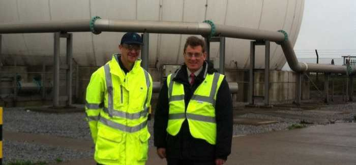 Peter Black (right) with DCWW site lead technical operator Chris Davies