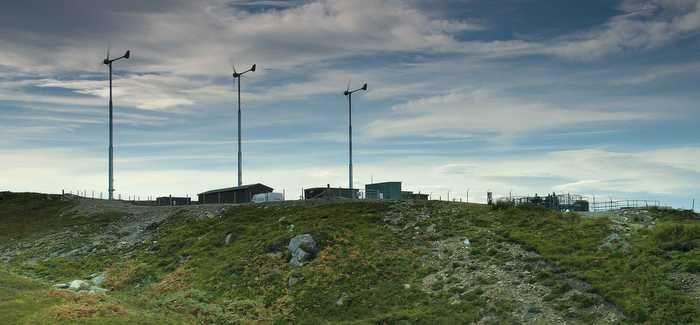 Three Evance R9000 turbines help power Raasay water treatment works