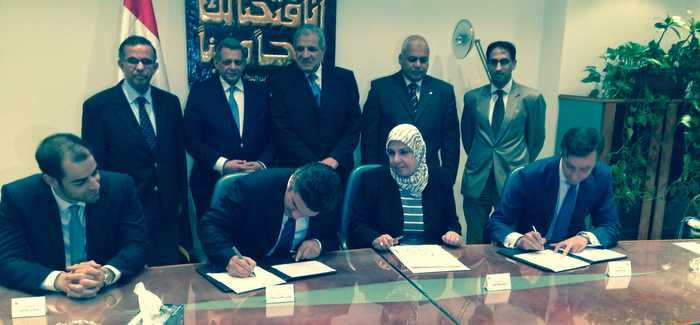 Signing of the contract that will create the largest wastewater treatment works in Africa