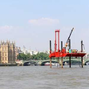 "Thames Water on hunt for investors to fund London ""super sewer"""