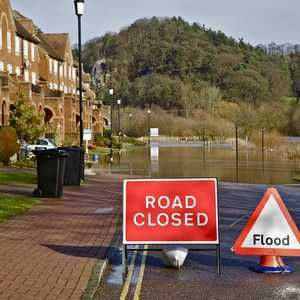 Efra queries government plans for private funding to bolster flood defences