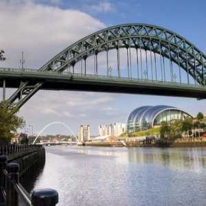Tyne bridge pipes cleaned for first time with ice process