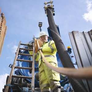 Chinese contractor 'explores' £2bn bid for Balfour Beatty