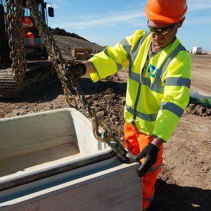 Costain installs 400 precast manholes for M6 link