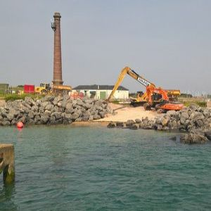 Portsmouth flood defence scheme gets underway using Norway rock