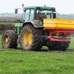 SWW sees benefits as farmers use fertiliser with reduced phosphate