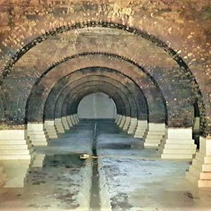Secret underground reservoir in London revealed in all its glory