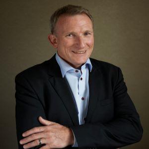 Simon Cocks steps down as WRSE chair