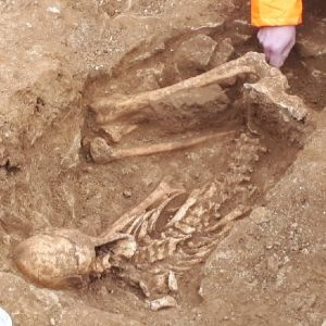 Water infrastructure project uncovers Iron Age skeletons in Lincolnshire