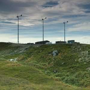 Wind powers Scottish island works