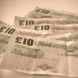 Severn Trent outsources payroll